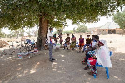 Die Essensverkäuferinnen der Sirigu-Schule in Ghana werden regelmäßig in Hygiene geschult.