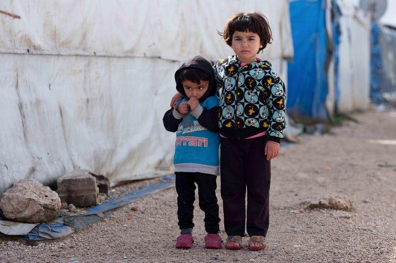 Kinder aus syrischer Flüchtlingsfamilie in einem Camp in der Bekaa-Ebene, Libanon, 1/2019
