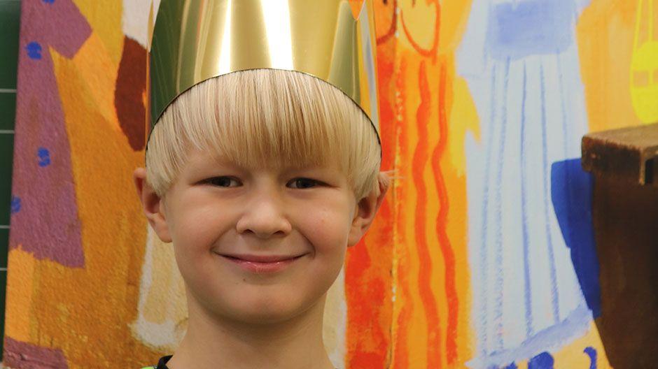 """""""Ich freue mich, wenn andere sich freuen! Deshalb mache ich auch dieses Jahr bei der Sternsingeraktion mit."""" Kaleb, 8 Jahre"""