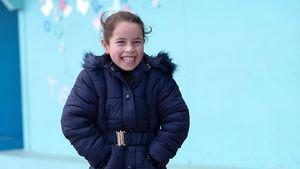 Nour ist sechs Jahre alt. Als eine Bombe ihr Haus in Syrien traf, floh Nour mit ihrer Familie in den Libanon. Seit fünf Jahren lebt sie in einem Flüchtlingslager in der Bekaa-Ebene.