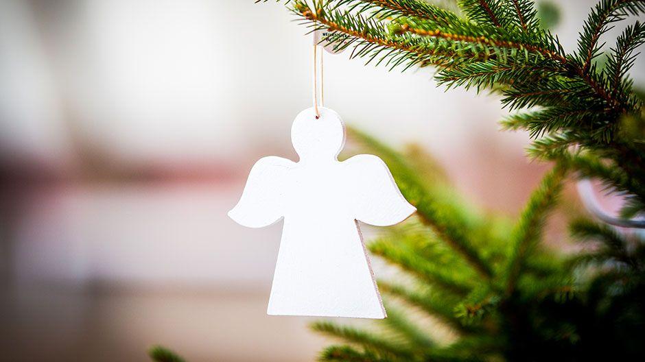 Weihnachten Weltweit - faire Weihnachtsbaumengel zum Selbstgestalten