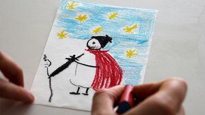 Mit Wachsmalkreide und Holzstiften kann jedes Kind ein eigenes Motiv auf weißes Transparentpapier malen, wie hier den heiligen Martin.