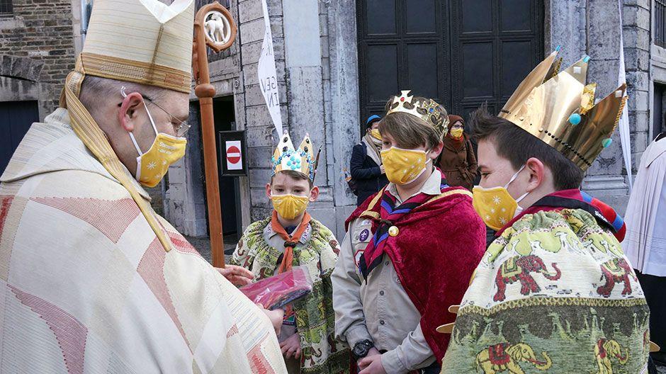 Der Aachener Bischof Aachen bedankte sich bei den Sternsingern für deren tollen Einsatz.