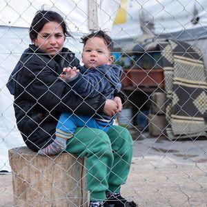 syrische Flüchtlingsfamilie in einem Camp in der Bekaa-Ebene, Libanon, 1/2019