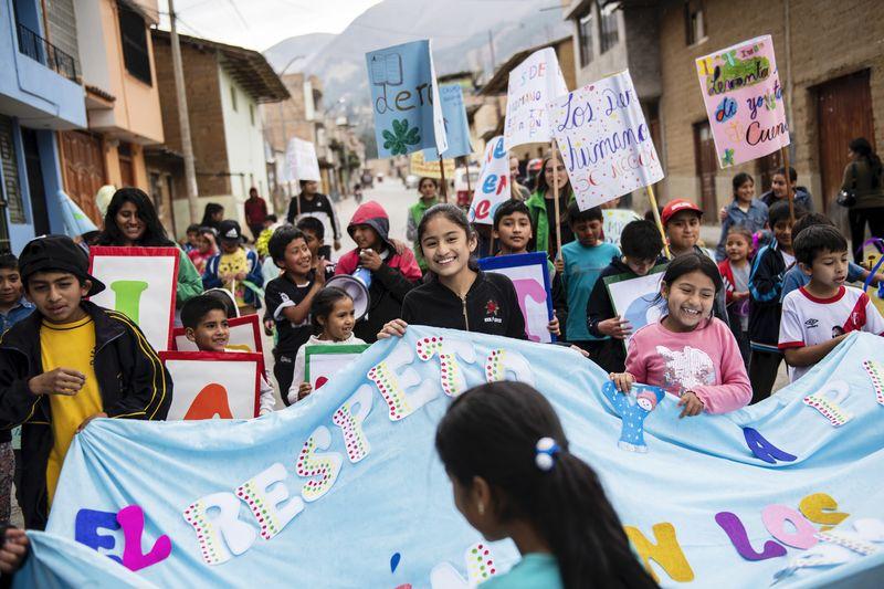 """Demonstration für Kinder- und Menschenrechte der Bewegung """"Micanto - José Obrero"""", Cajamarca, Peru; Foto: Florian Kopp"""